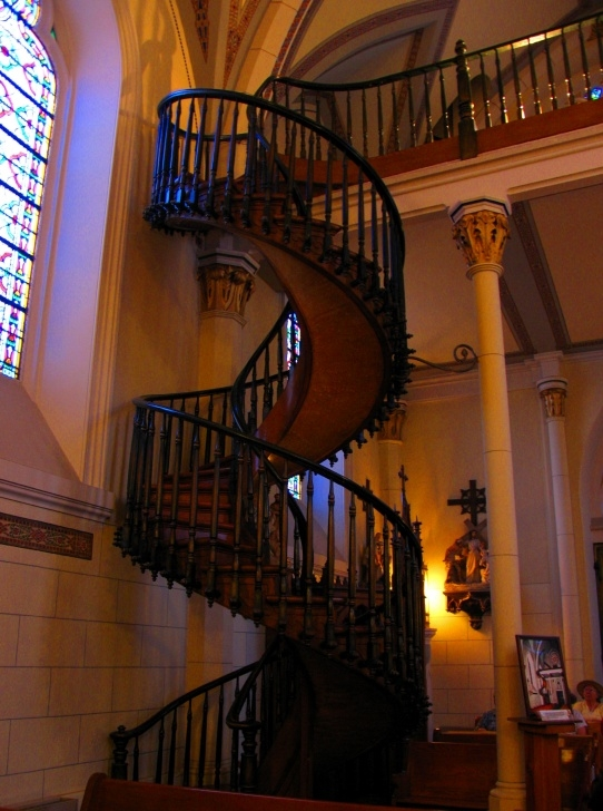 Perfect Loretto Chapel Staircase Image 024