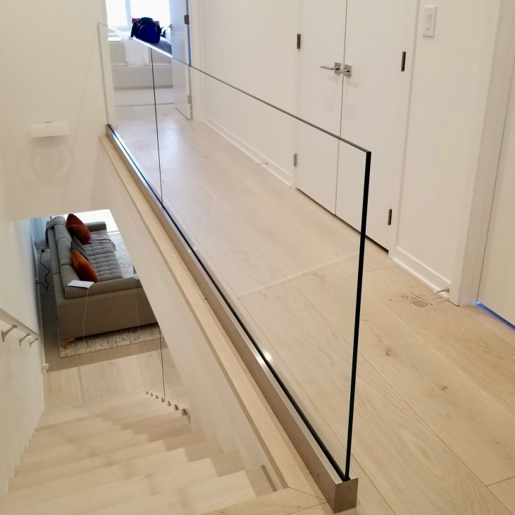 Perfect Verona Glass Balustrade Panel Photo 703