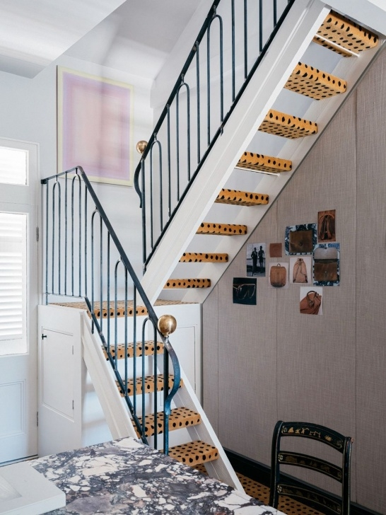 Popular Outside Stair Design For Small House Picture 991