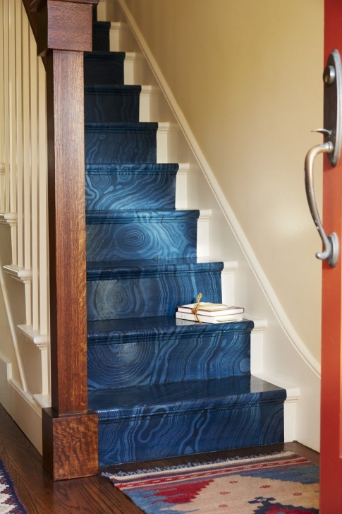 Popular Painted Indoor Stairs Photo 046