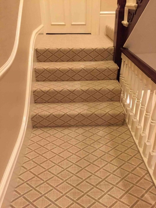 Popular Stair Landing Rug Picture 557