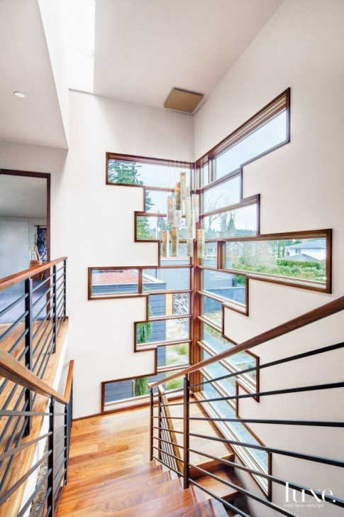 Popular Staircase Wall Window Design Photo 956