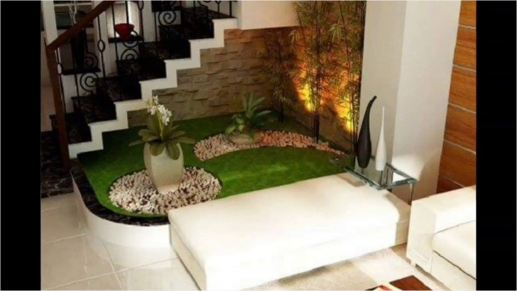 Remarkable Under Stair Garden Design Image 076