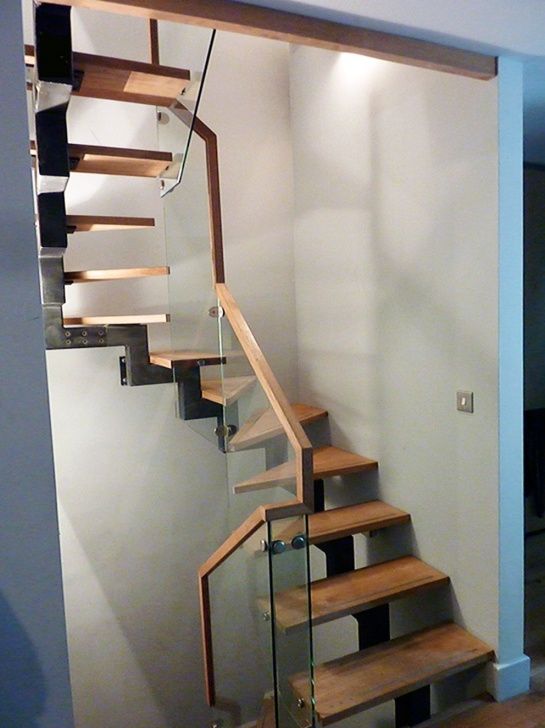 Simple Bespoke Staircase Design Image 637