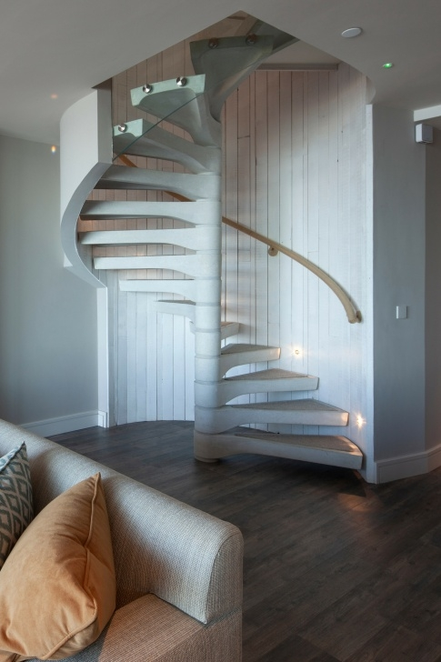 Simple Domestic Spiral Staircase Picture 320