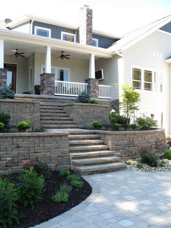 Simple Front Yard Stairs Design Image 550
