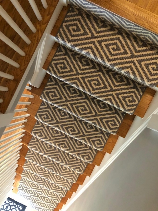 Simple Outdoor Stair Runners Photo 414