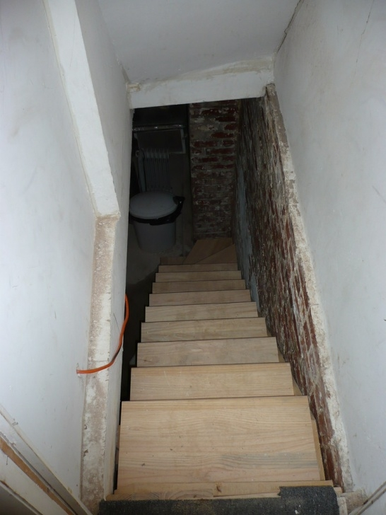 Simple Stairs Going Down To Basement Image 377