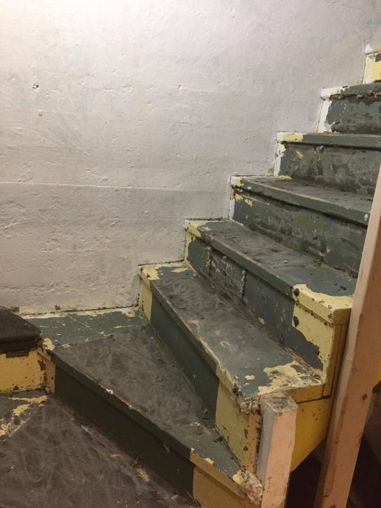 Splendid Sanding Old Stairs Image 507