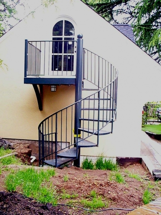 Stunning Outdoor Circular Staircase Picture 696