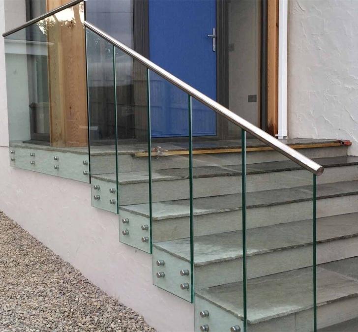 Stunning Stair Glass Handrail Photo 779