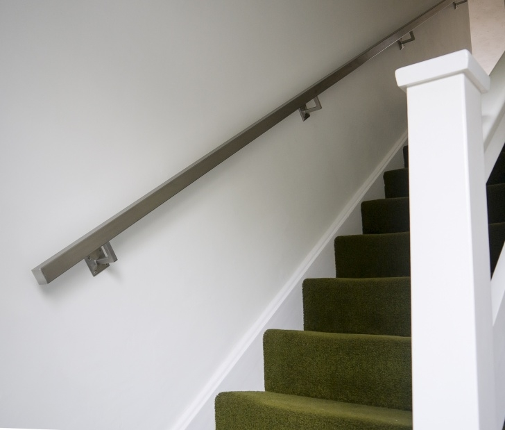 Stylish Brushed Chrome Handrail Picture 774