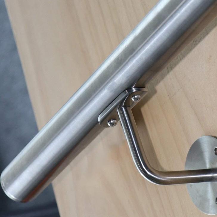 Stylish Brushed Steel Banister Image 295