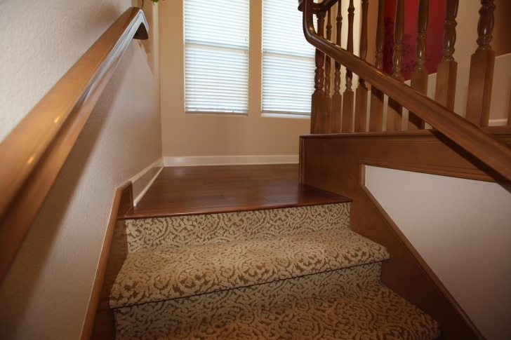 Stylish Carpeted Stairs To Wood Photo 736