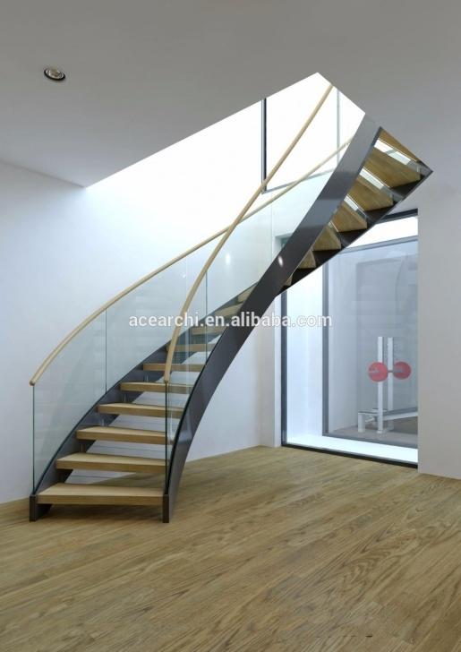 Stylish Spiral Staircase Railing Image 560