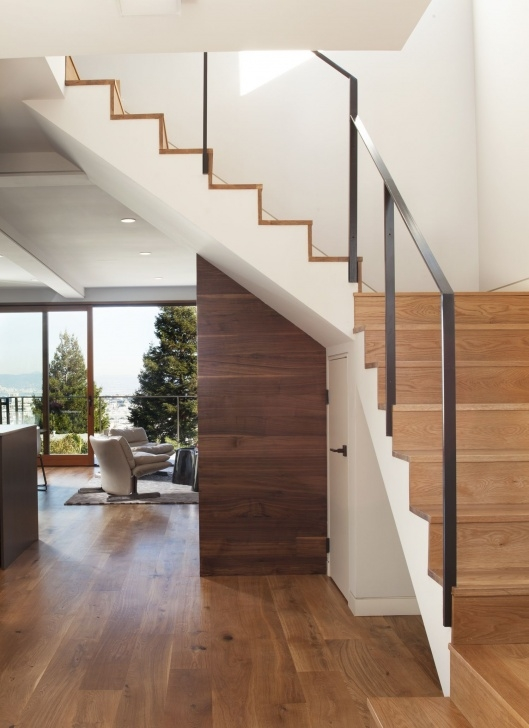 Stylish Wooden Staircase With Glass Panels Photo 975
