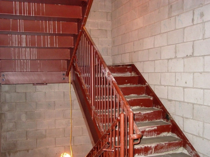 Super Cool Steel Pan Stair Picture 576
