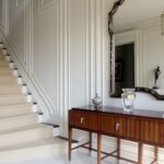 Top Double Molding Stairs Picture 095