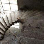 Top Half Round Stairs Design Photo 507
