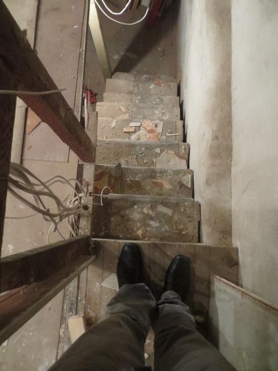 Top Narrow Basement Stairs Image 143