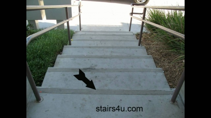 Top Outdoor Stair Nosing Picture 593