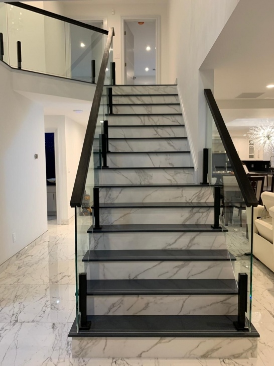 Top Staircase Balcony Design Picture 447